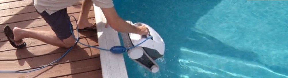Dolphin E10 Robotic Pool Cleaner Review