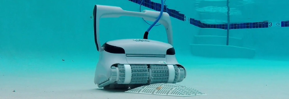 Dolphin C3 Robotic Pool Cleaner Review