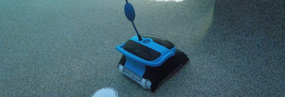 Dolphin Nautilus CC Plus Pool Cleaner Review
