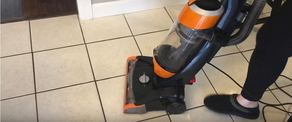 Bissell Cleanview 1831 Upright Vacuum Review