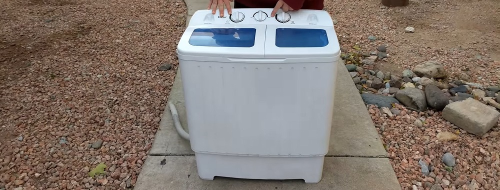 Do portable washers use a lot of water?