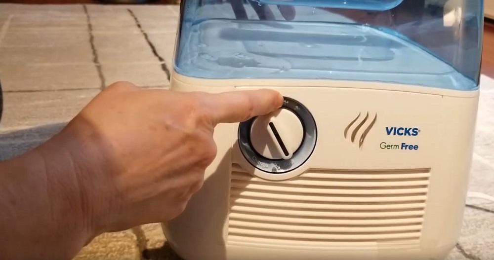 Vicks Germ Free Cool Moisture Humidifier V3900